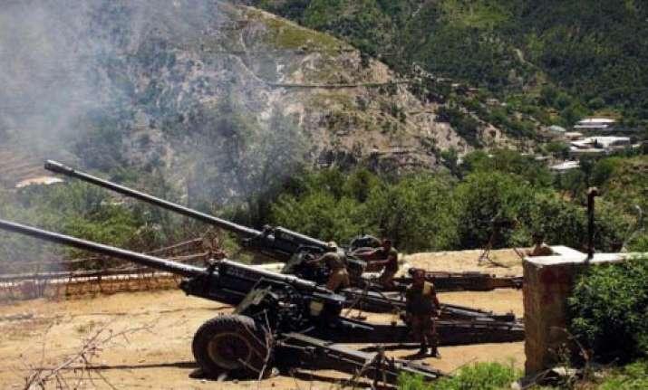63 killed in ferocious fighting on af pak border