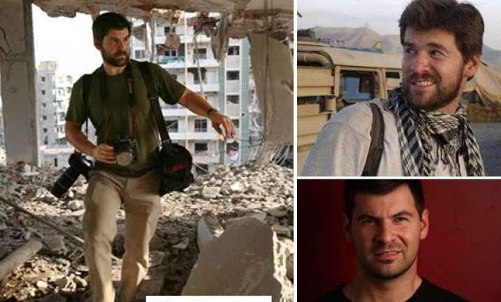 2 western photojournalists killed in libya