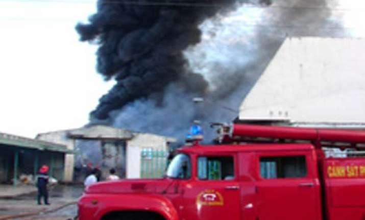 17 workers perish in vietnam shoe factory fire