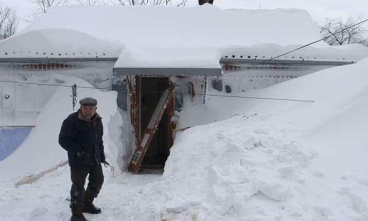 83 die in ukraine cold wave