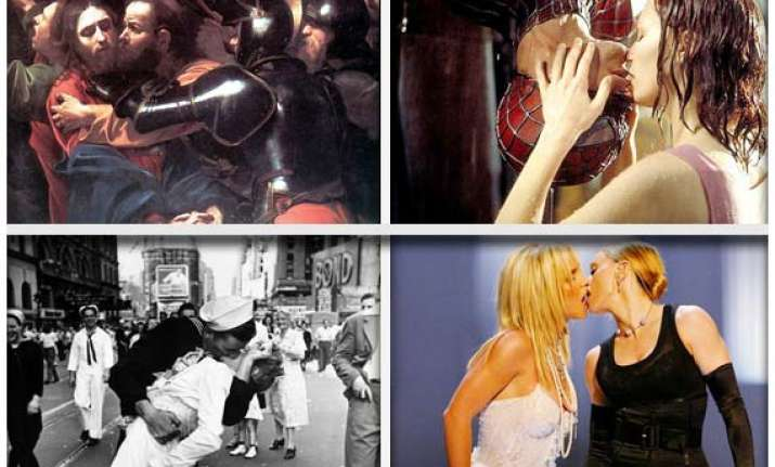10 famous kisses in history