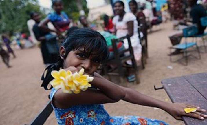23 killed 68 000 displaced in sri lanka floods