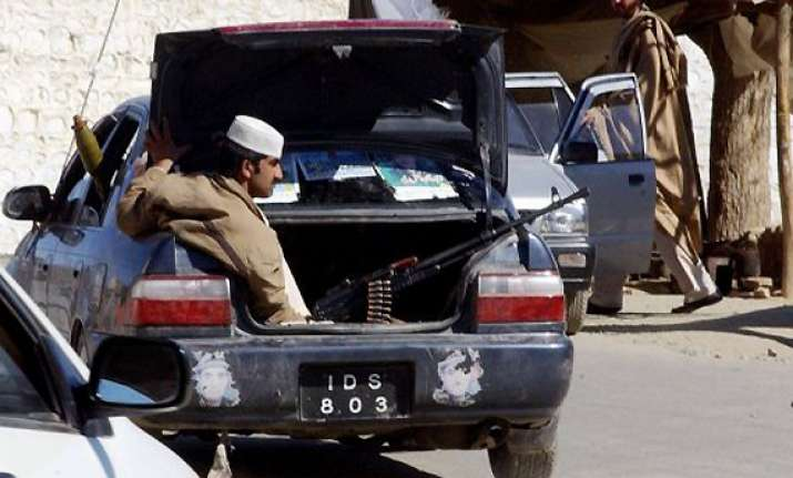 14 killed in pakistan blast