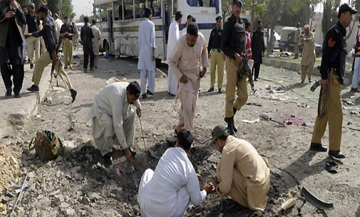 5 killed in attack on shia students in quetta