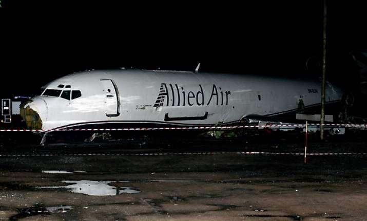 10 killed in cargo plane crash in ghana s capital