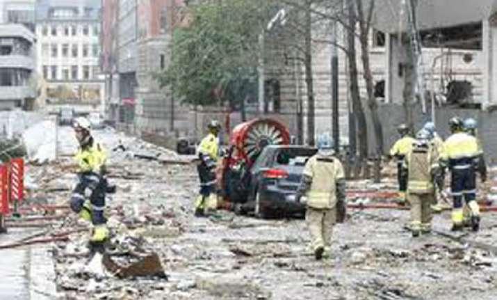 37 killed 92 injured in pakistan terror strikes