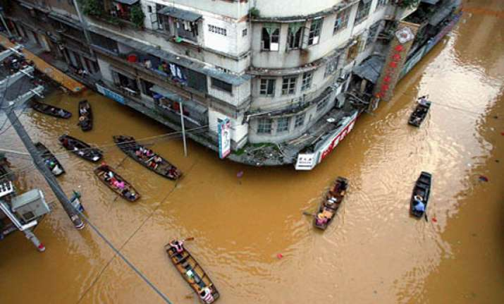 13 000 affected in china floods