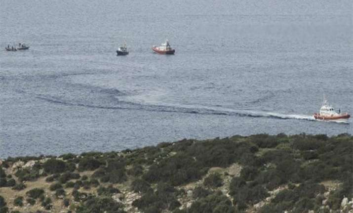 12 dead as boat capsizes between malta italy