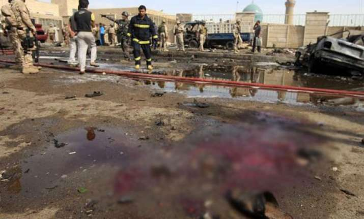 15 killed in iraq mosque bombing