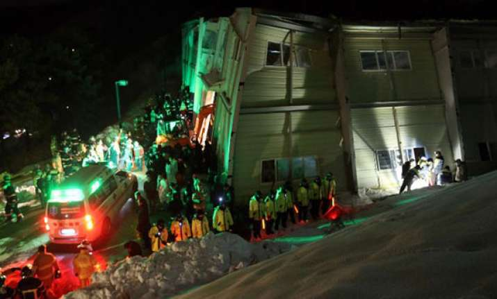 10 killed over 100 injured in south korean resort collapse