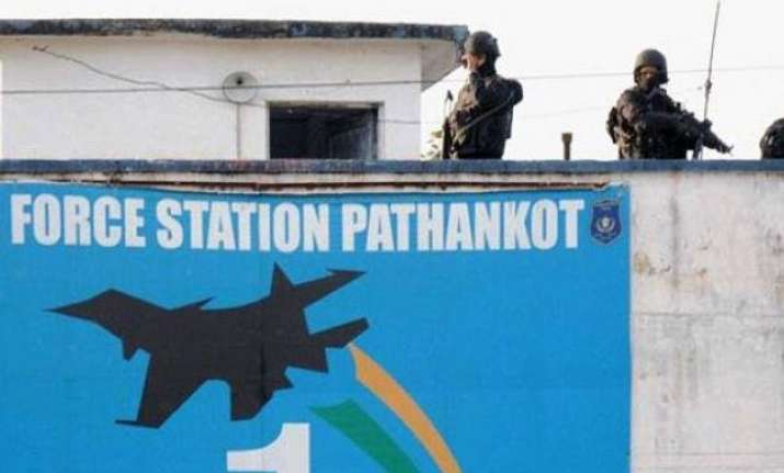 pakistan court sends 3 pathankot attack suspects to custody