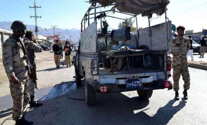 9 security personnel killed in blast in pakistan