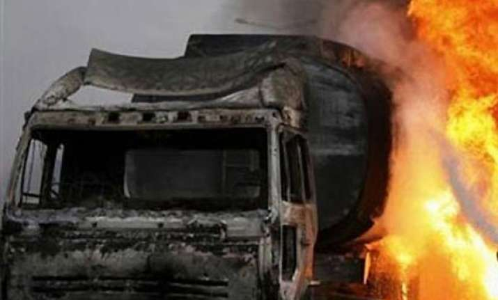 15 killed 36 injured as bus from surat hits tanker on