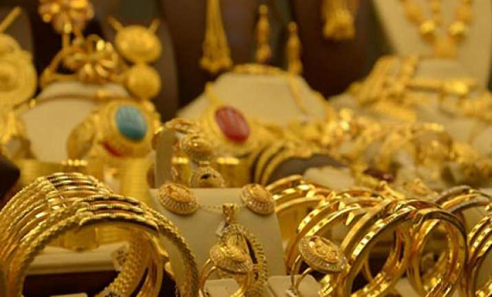 35 kg gold ornaments seized by police in nellore