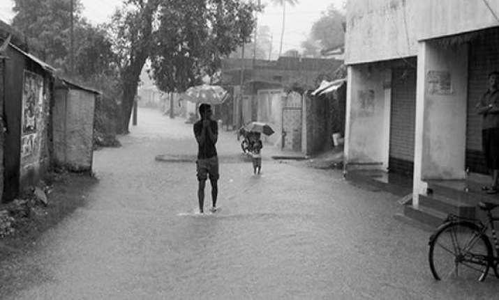 15 killed flood alert sounded in up