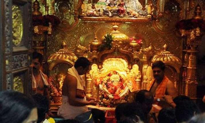 16 lakh devotees will pray to siddhi vinayak in mumbai on