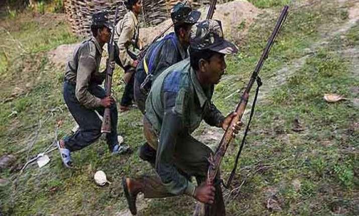 2 naxals arrested in raipur