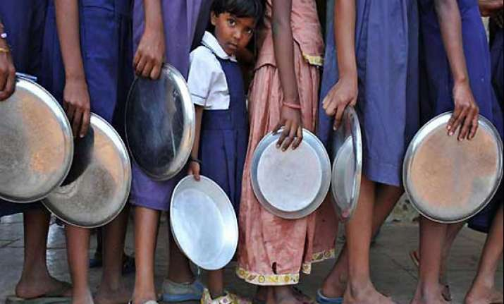 11 students fall ill after consuming mid day meal in up