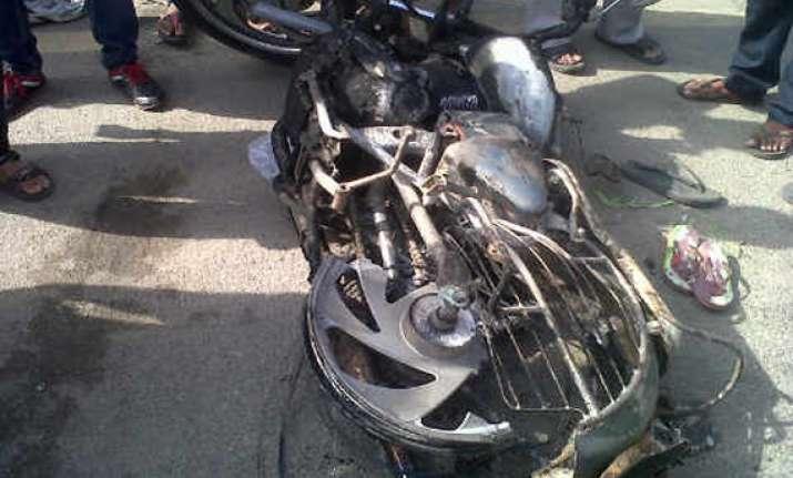 aap candidate santosh koli hit by speeding vehicle near