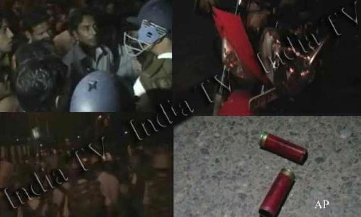 amu closed sine die after 5 injured in group clash firing