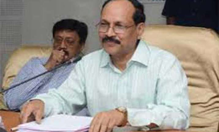 ap chief secretary briefs chandrababu on bifurcation process