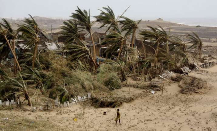 ap phailin damaged crops over 7 783 hectares in srikakulam