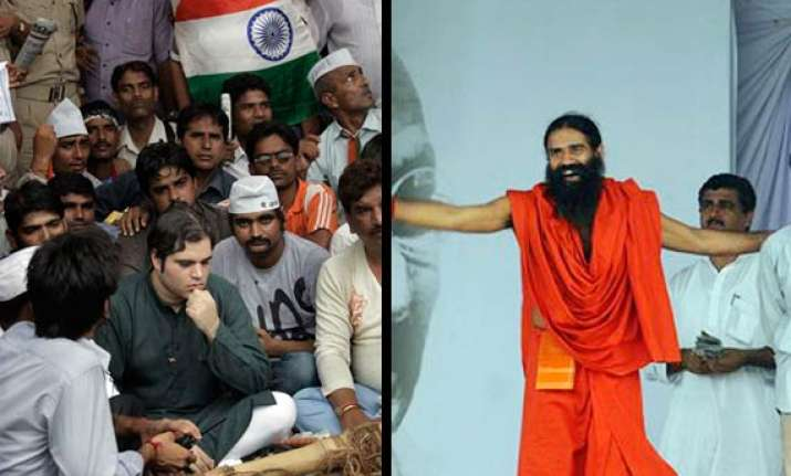 a mix at ramlila civil judge aruna roy varun gandhi ramdev