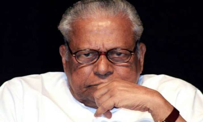 achutanandan to submit resignation on saturday