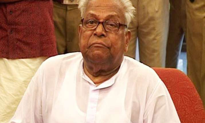 achuthanandan questioned by vigilance bureau in land scam