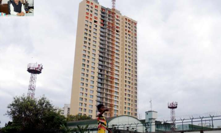 adarsh may be demolished says maharashtra cm