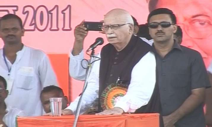 advani embarks on jan chetna yatra calls for change
