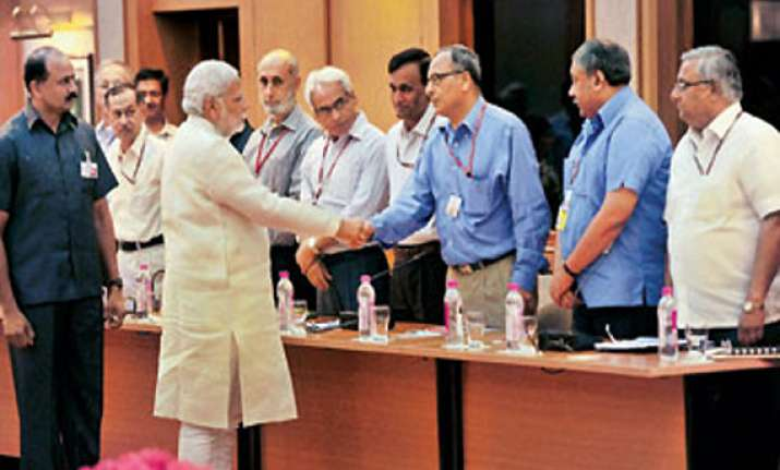 after narendra modi takes office cleanliness drive begins