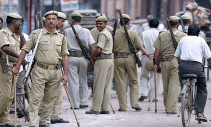 after attacks on policemen up replaces rifles with revolvers