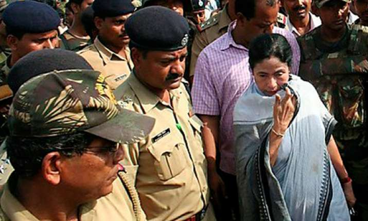 after 103 days wb police takes over mamata s security from