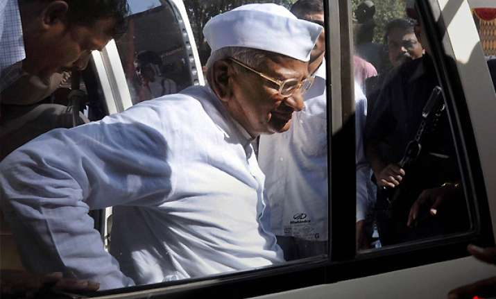 ailing anna admitted in pune hospital