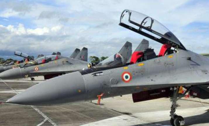 air chief flies sukhoi 30 to assure pilots it is safe