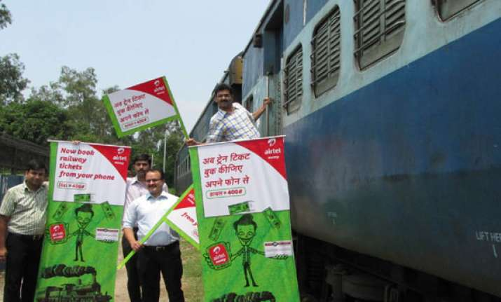 airtel ties up with irctc for railway bookings in north