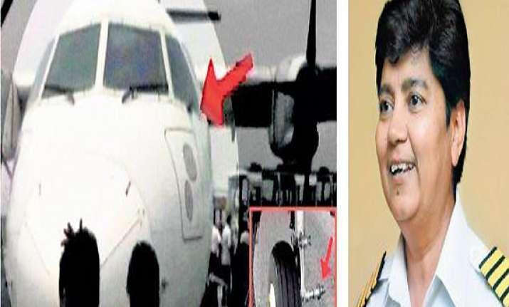 ajit singh lauds ai women pilots for ensuring safe landing