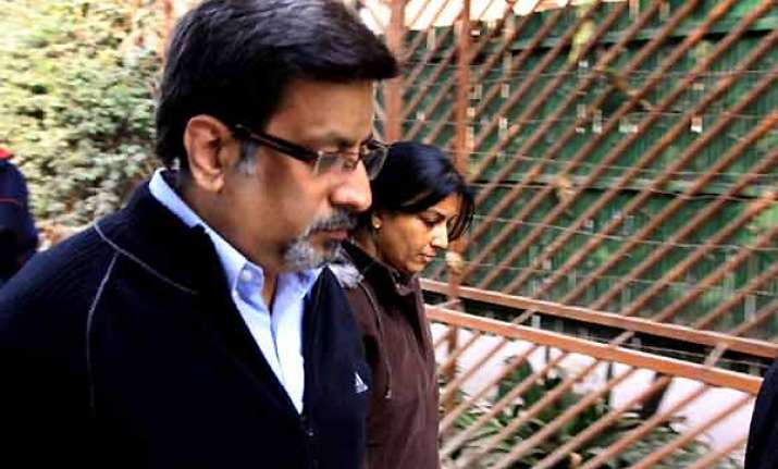 allahabad hc issues notice to rajesh talwar in aarushi case
