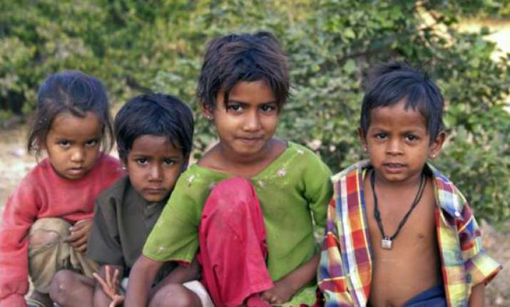 allow kids of manual scavengers into pvt schools says nac