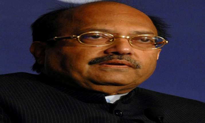 amar singh offers to campaign for mulayam