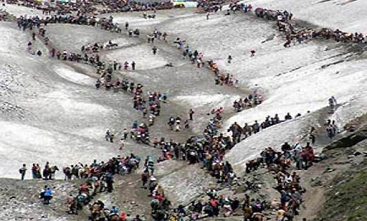 amarnath yatra fresh batch of 659 pilgrims leave from jammu