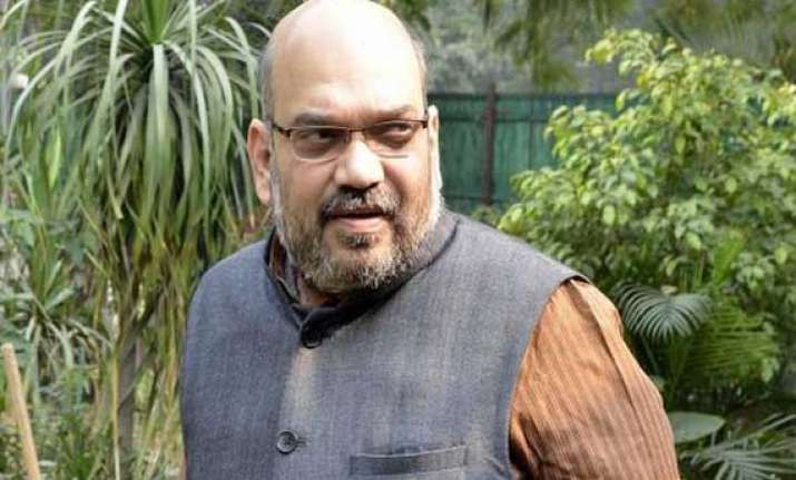 amit shah meets villagers from near pakistan border