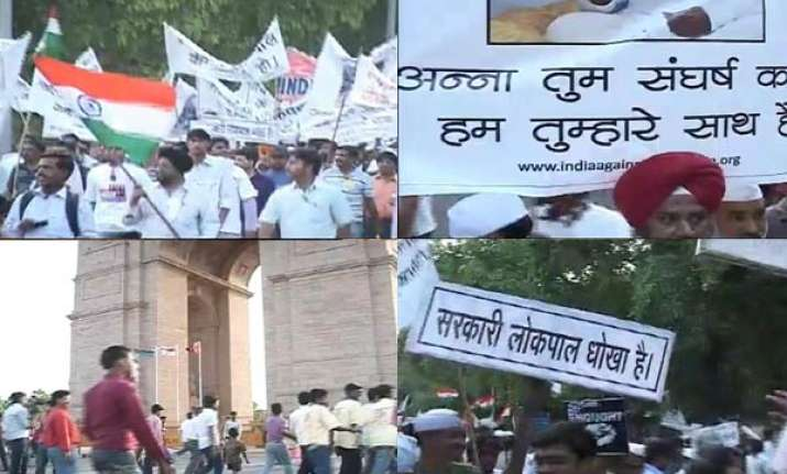 anna hazare s supporters stage demos in delhi mumbai