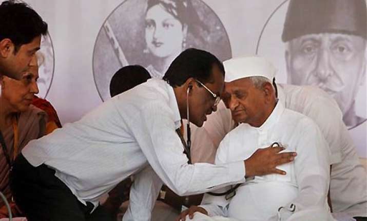 hazare recovering should not fast for one month say doctors