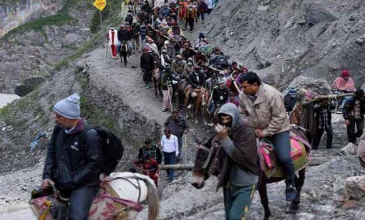 another batch of devotees leaves for amarnath