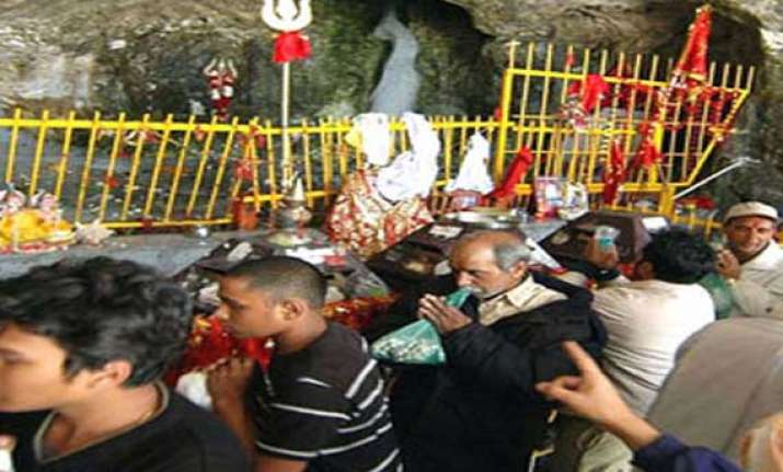another batch of devotees leave for amarnath