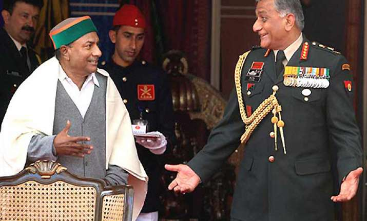 antony says he has full confidence in army chief