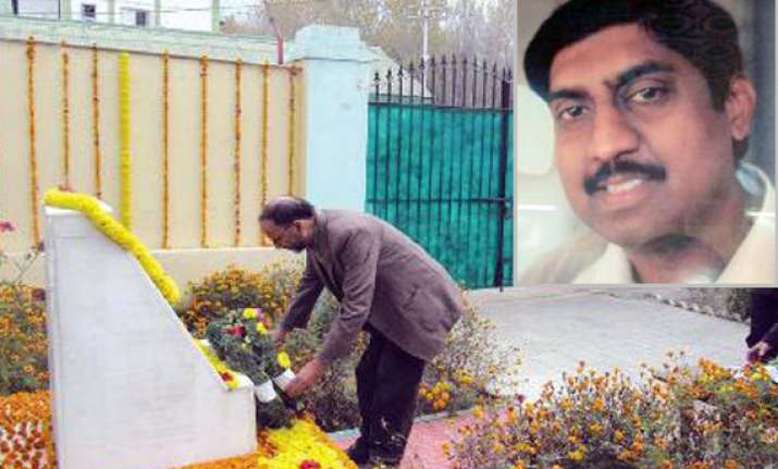 army remembers martyr major purushottam but forgets his