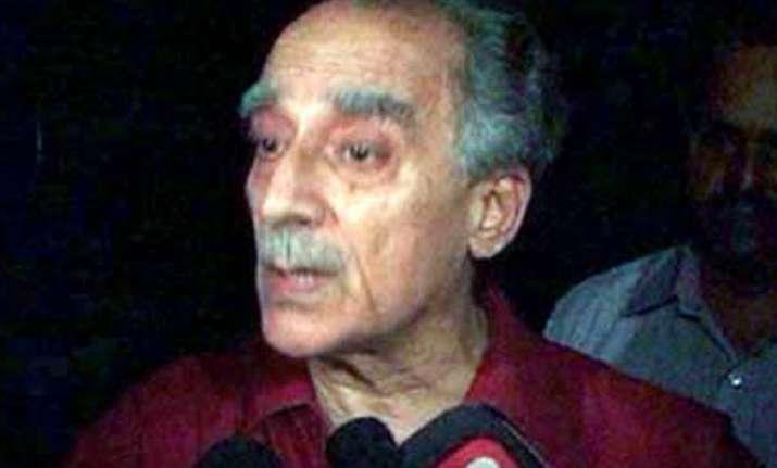 arun shourie dismisses patil panel report denies deviation